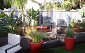 T2 centre Cannes Jardin Jacuzzi