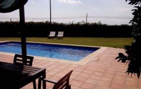 Maison Piscine privée à Bellcaire. Située à 6,5 km de la plage de l'Escala