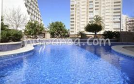 A louer joli appartement pour 4 à Calpe avec piscine commune |riv6D