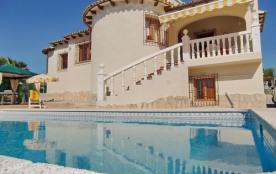 IB-823, belle villa typique pour 6 personnes avec piscine privée (9x4) à proximité des salines de...