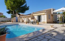 IB-803, jolie maison individuelle de plain-pied, très confortable pour 4 personnes, avec piscine ...