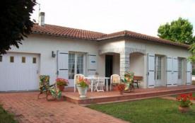 Maison indépendante de plain pied située dans un quartier résidentiel de Gaillac, au calme avec t...