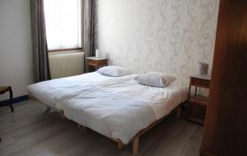chambre 2 lits (2m x 2)