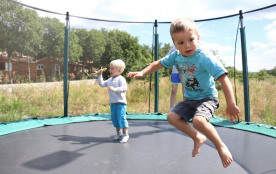 trampoline, jeux enfants