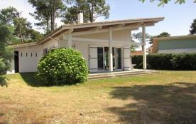 Maison indépendante 6 personnes- jardin clos - proche centre et commerces - 40600 Biscarrosse Plage