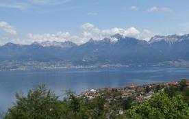 St Gingolph, le lac Léman et la côte Suisse