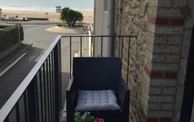 pause café sur le balcon