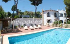 Cette villa en location à Benissa est id&