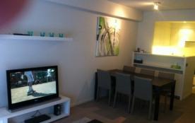 Modern vernieuwd appartement op 250m van strand met 2 slpk