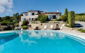 squarebreak, Lovely family villa with sea view
