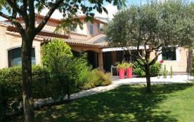 Villa Bouillargues arborée sur 1500m2 sans vis à vis piscine sécurisée