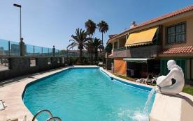 Beachfront Apartment Aquarius01