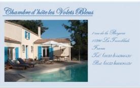 LES VOLETS BLEUS  . Belle maison à 2 km de la mer.Chambres d'hôtes avec piscine chauffée pour 8 personnes. - La Tremb...