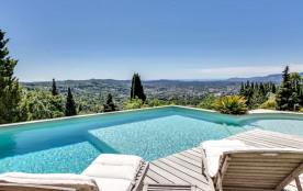 squarebreak, Charming family villa in Grasse