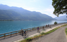 La voie verte du lac d'Annecy (départ à 200 m de la location)