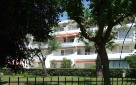 Quartier Couchant résidence Hermes : P2 très coquet à 100 mètres de la plage plus belle plage de ...