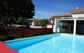 Gîte Chrysophil 8 chambres Piscine chauffée Sauna Spa en sud Ardèche classé 3 étoiles sud Ardèche - Grospierres