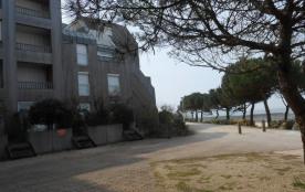 Magnifique appartement lumineux sur plage des Minimes, les pieds dans l'eau