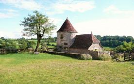 Gîte Insolite pour 2/3p. dans Tour de garde du Château proche Rocamadour/Padirac