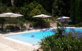 Villa avec vues panoramiques sur la Côte d'Azur, rez de jardin