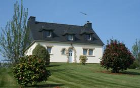Maison situé à Meslan