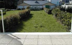 Appartement comportant 2 pièces en rez-de-jardin. Quiberon - Port Maria.