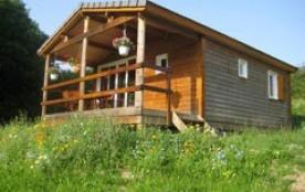 Chalet Alouette : Chalaux est un des plus beaux petits villages de la région. 2 chalets y sont in...