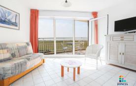 Appartement 2 pièces de 38 m² environ pour 6 personnes située dans le quartier du Golf, la réside...