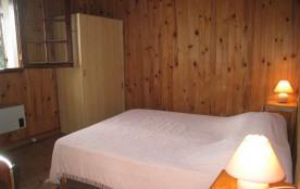 chambre 1 lit 140