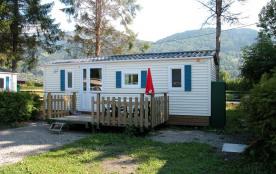Le camping de Samoëns dispose de 320 emplacements. Il est situé à côté d'une base de loisirs et à...