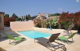 Villa de 120 m2 piscine et jardin calme et repos