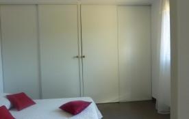 chambre1 grd placard