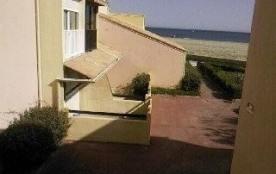 Résidence les Maisons de la Mer - Appartement 2 pièces avec loggia fermée, petite vue mer.