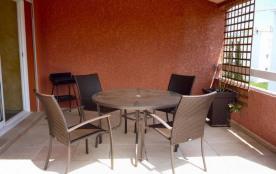 6 personnes maximum. Appartement dans résidence neuve. Location classée meublé de tourisme trois ...