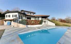 Villa de grand standing au cœur du Pays Basque