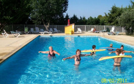 Mobil Home 6 personnes WILLERBY 98 - Le camping Saint Lazare classé 3 étoiles est situé à Aups, a...