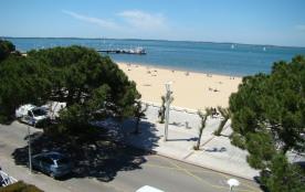 Agréable studio à ARCACHON, jolie vue sur mer, accès direct à la plage,