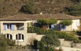 Villa provençale proche de Vallon Pont d'Arc avec vue panoramique - Lagorce