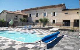 Ferme rénovée située à 10 km d'Albi et de Cordes, exposée sud avec piscine privée et vue sur la c...