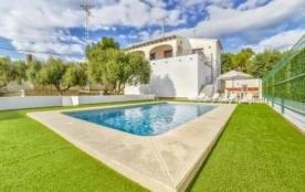 Villa OL Gui - Sympathique villa pour 6 personnes avec piscine privée et située sur la côte de Be...