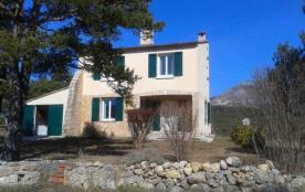 Gîtes de France Maison avec vue Mont Lachens. Au pied du village médiéval de Bargème, avec belle ...