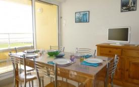 Appartement 2 pièces + cabine de 38 m² environ pour 6 personnes dans le quartier du Golf, à 150 m...