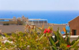 Fantastique appartement a 3 chambres avec solarium et vue sur mer, situé à seulement 60 mètres de...