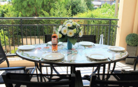 Appartement climatisé dans résidence de standing neuve proche du centre ville - Plage à pied pour...