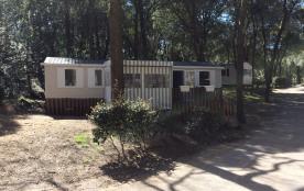 """Mobil-Home de 40 m² à Saint-Brevin-les-Pins (Loire-Atlantique), Camping 4 étoiles """"Les Pierres Couchées""""."""