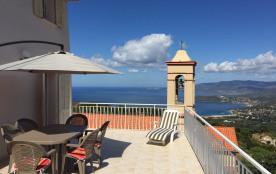 Maison de caractère avec vue panoramique sur golfe de Sagone et  montagne corse