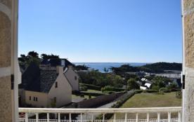 Appartement vue sur mer de chaque pièce, exposé au Sud au centre de TREBEURDEN