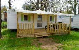 Mobilhome Confort 2 chambres IRM Super Mercure D - Situé à 800 mètres du village « Les Vans » – à 500 mètres de la ri...