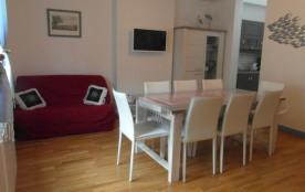 La Rochelle (17) - Centre ville - 29 Cour du Temple. Appartement 3 pièces - 53 m² environ - jusqu...
