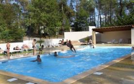 Le camping LE SAUT DU LOUP, camping calme et plein de charme, est situé à Rosières, en bordure de...